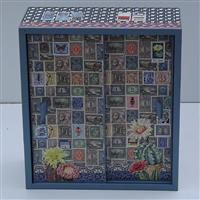 """Set Puppenschrank und Puppenwiege """"Die Briefmarkensammlung"""""""